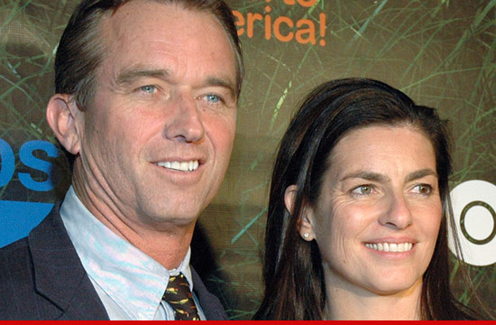 0516-robert-f-kennedy-jr-wife-suicide-mary-3